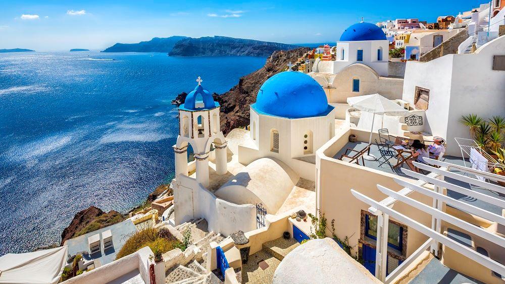 Ελλάδα: Γιατί είναι ο πιο δημοφιλής ευρωπαϊκός προορισμός του καλοκαιριού