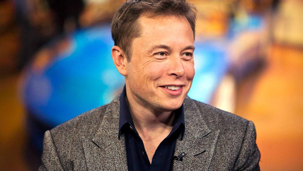 Πέρασε τα 1000 δολ. η μετοχή της Tesla