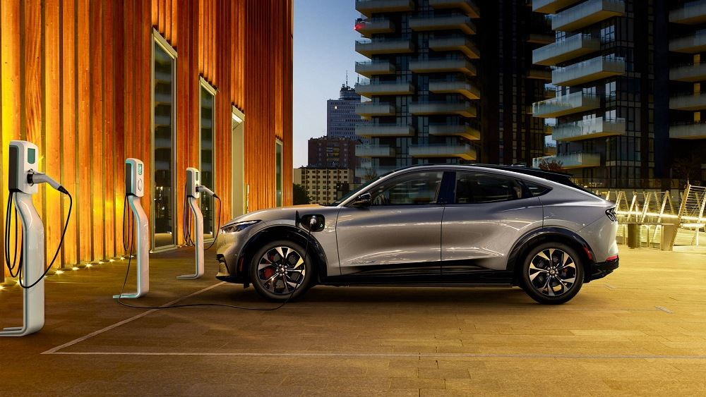 Προηγμένες λύσεις φόρτισης για την ηλεκτρική Ford Mustang Mach-E