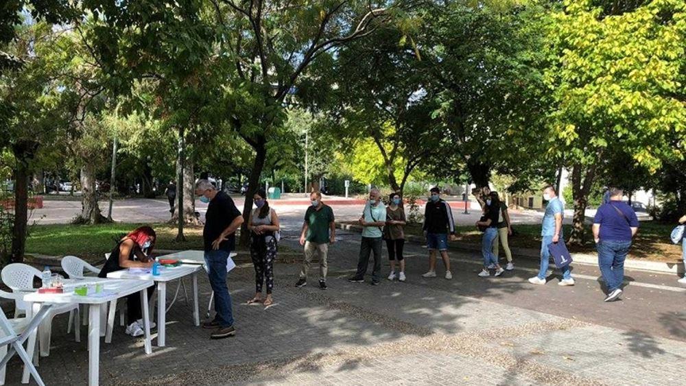 ΕΟΔΥ: Συνολικά 422 rapid τεστ στην πλατεία Κουμουνδούρου - 10 θετικά