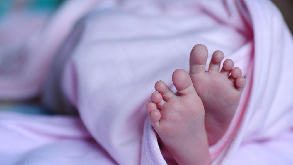 Μητέρα με βαριά λοίμωξη Covid-19 γέννησε ένα υγιές κοριτσάκι