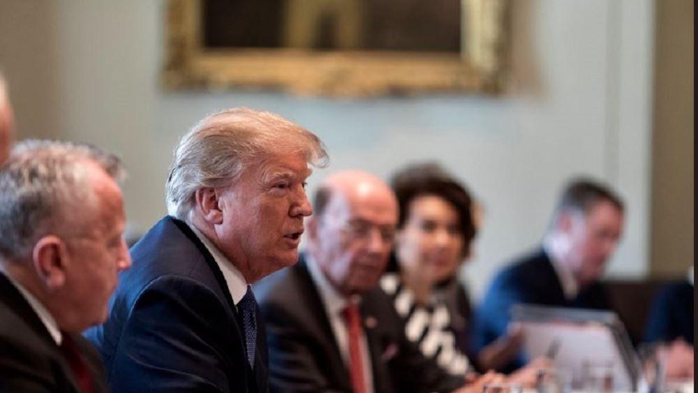 ΗΠΑ: Ο Τραμπ δεν δίνει χρονοδιάγραμμα αποχώρησης από τη Συρία