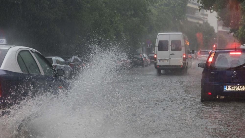 ΕΜΥ: Ισχυρές βροχές και καταιγίδες αύριο Παρασκευή και στην Αττική