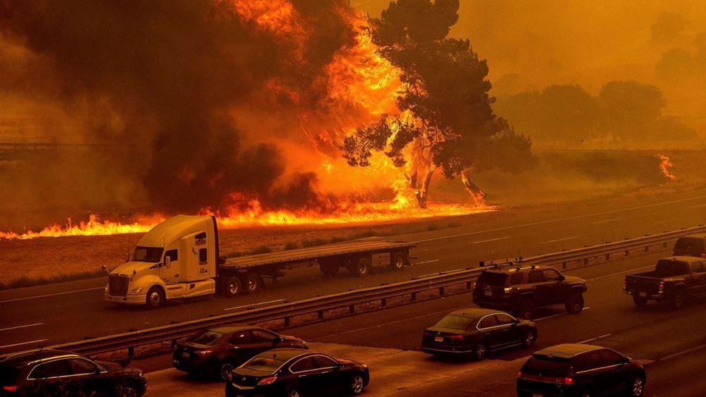 ΗΠΑ: Τρεις άνθρωποι εντοπίστηκαν νεκροί από την τεράστια πυρκαγιά στην Καλιφόρνια