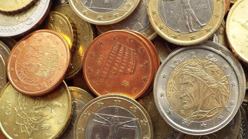 Πτώση για το ευρώ μετά τις δηλώσεις Ντράγκι