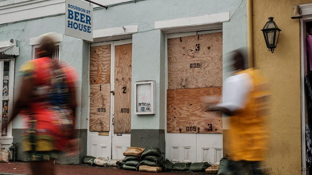 """Ο Μπάιντεν κήρυξε τη Λουιζιάνα σε κατάσταση καταστροφής - """"Σαρώνει"""" ο τυφώνας Αΐντα"""