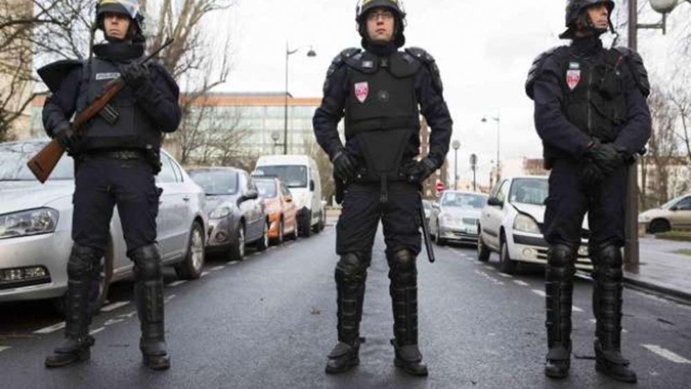 Γαλλία: Αστυνομική επιχείρηση σε εμπορικό κέντρο στο Παρίσι μετά από πληροφορίες για ένοπλο