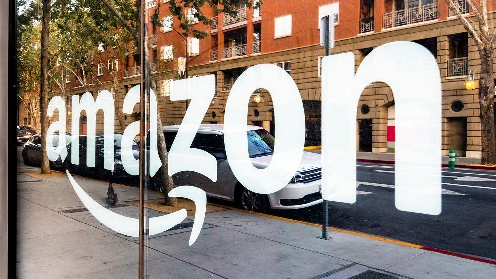 Η Amazon σχεδιάζει την ανάπτυξη δικτύου πολυκαταστημάτων στις ΗΠΑ
