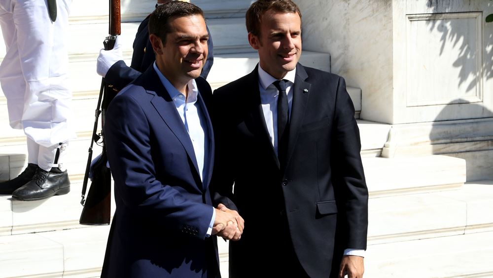 DW: Θέλει ο Μακρόν την Ελλάδα εκτός Σένγκεν;