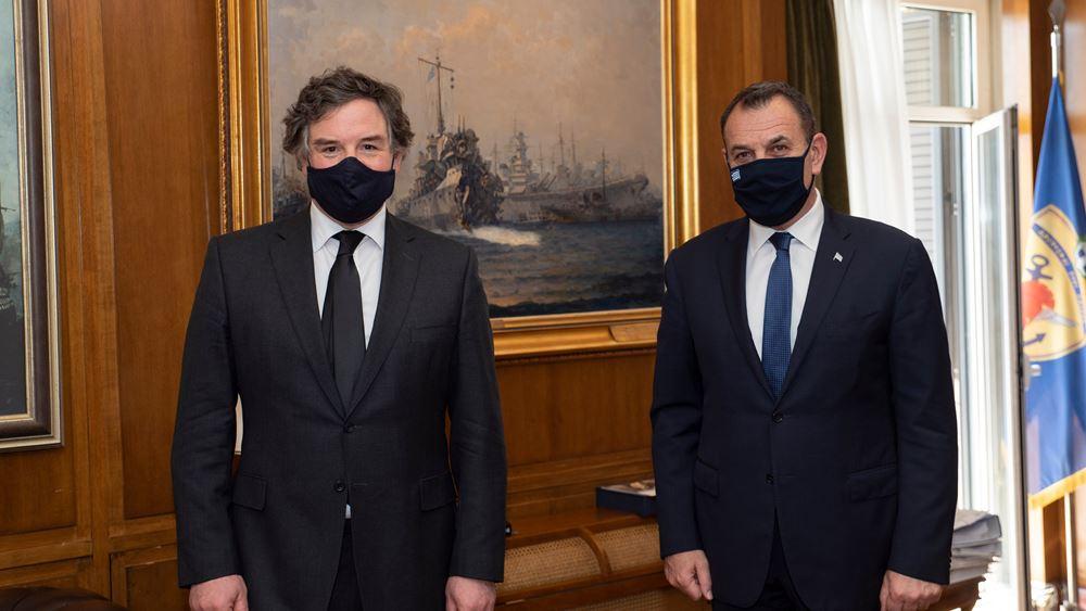 Συνάντηση ΥΕΘΑ με τον Βρετανό υπουργό Αμυντικών Εξοπλισμών
