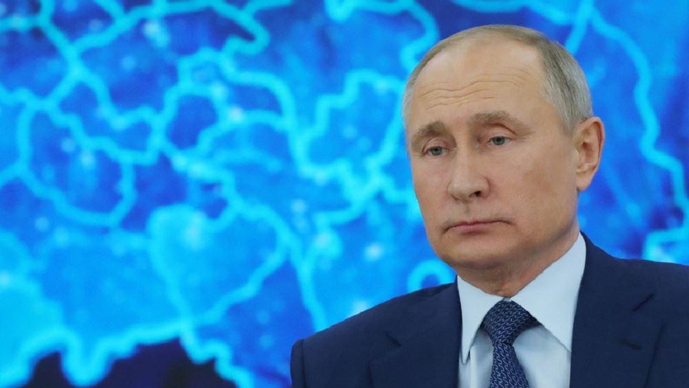 """Πούτιν: """"Έμπειρος πολιτικός"""" ο Μπάιντεν"""