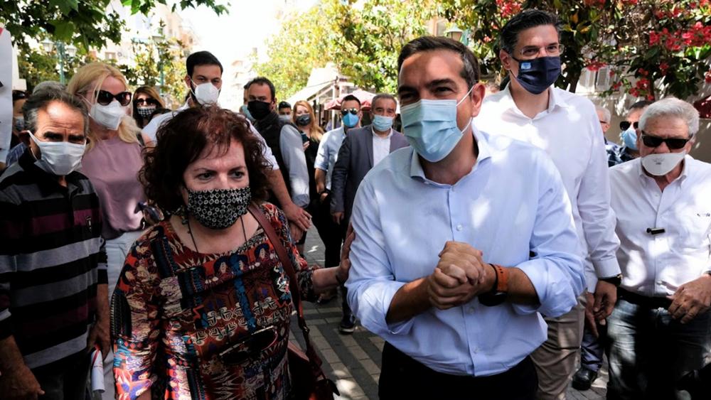 """Γιατί ο Τσίπρας άρχισε περιοδείες από την Ηλεία - """"Κλειδί"""" οι αντιδράσεις για το κλείσιμο σχολών"""