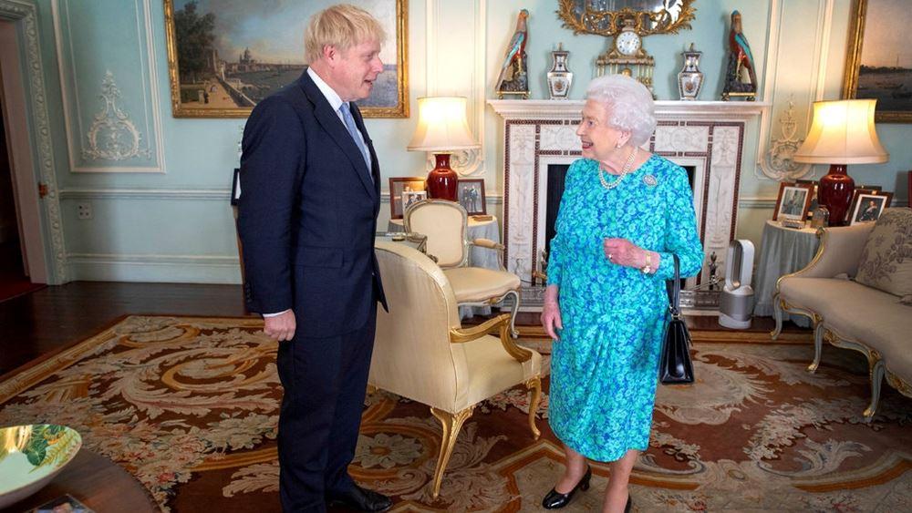 Βρετανία: Η βασίλισσα Ελισάβετ παρουσίασε την ατζέντα του Μπόρις Τζόνσον για την περίοδο μετά την πανδημία