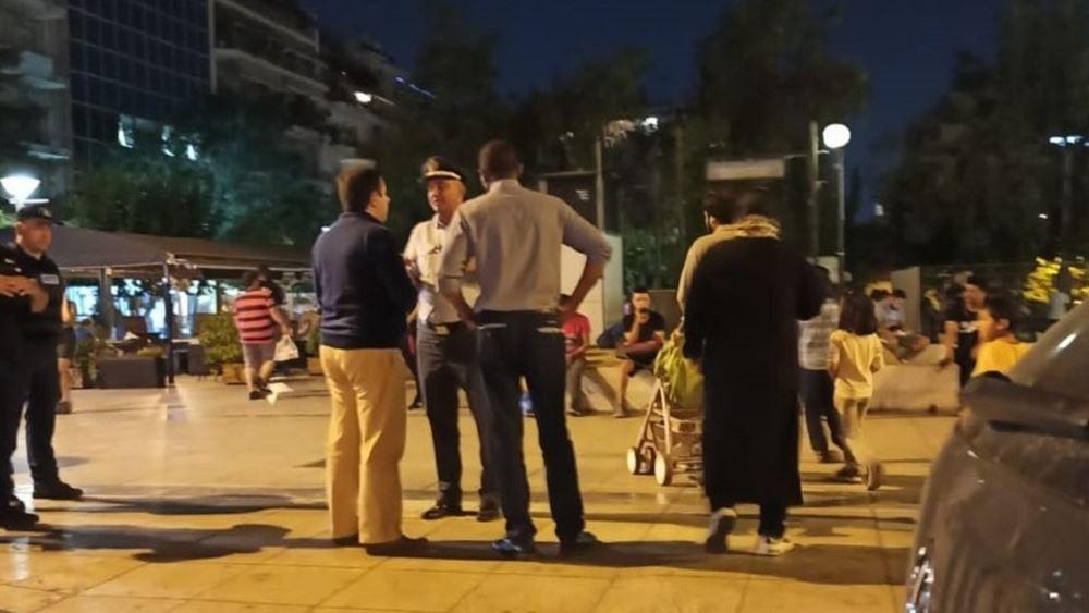 Σε Σκαραμαγκά και Σχιστό μεταφέρονται οι πρόσφυγες από την πλατεία Βικτωρίας