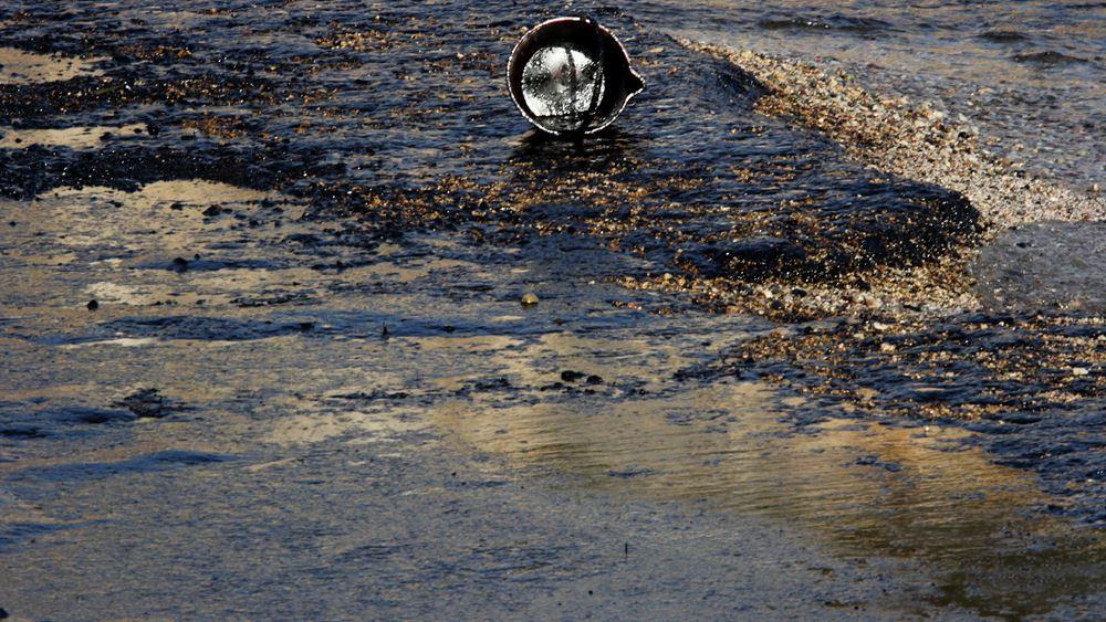 Στα 2 εκατ. ευρώ το πρόστιμο για θαλάσσια ρύπανση