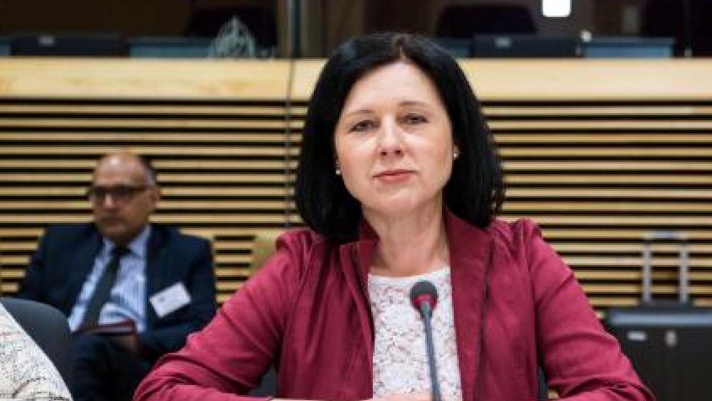 """ΕΕ: """"Η συνολική ατμόσφαιρα στις σχέσεις με την Τουρκία έχει βελτιωθεί"""""""