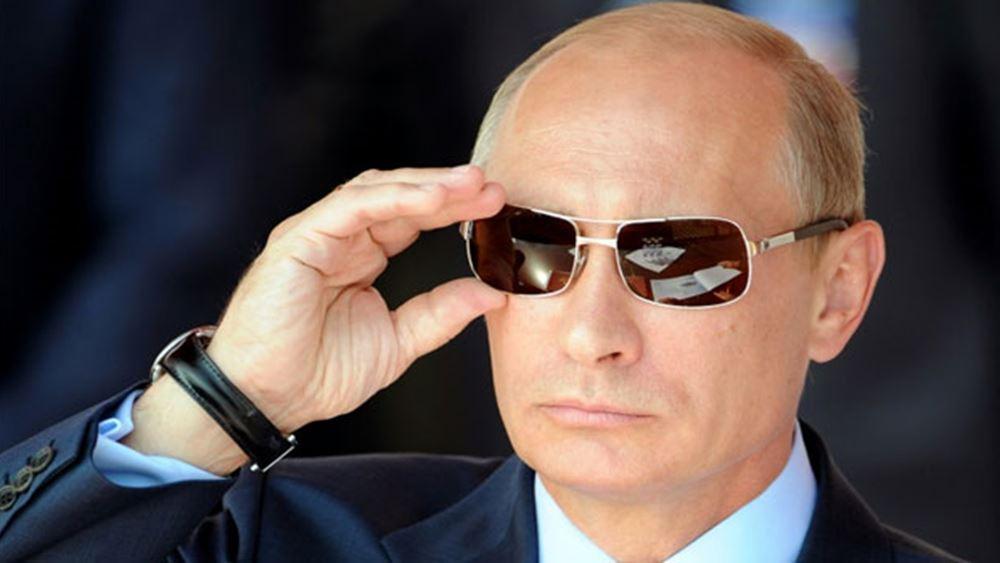 """Ο Πούτιν προέτρεψε τους Ρώσους """"να είναι έτοιμοι για κάθε εξέλιξη"""" σε σχέση με τον κορονοϊό"""