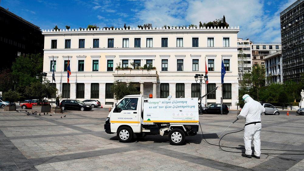 ΕΛΠΕ: Δωρεάν καύσιμα ΕΚΟ στον Δήμο Αθηναίων για τον στόλο απολυμάνσεων
