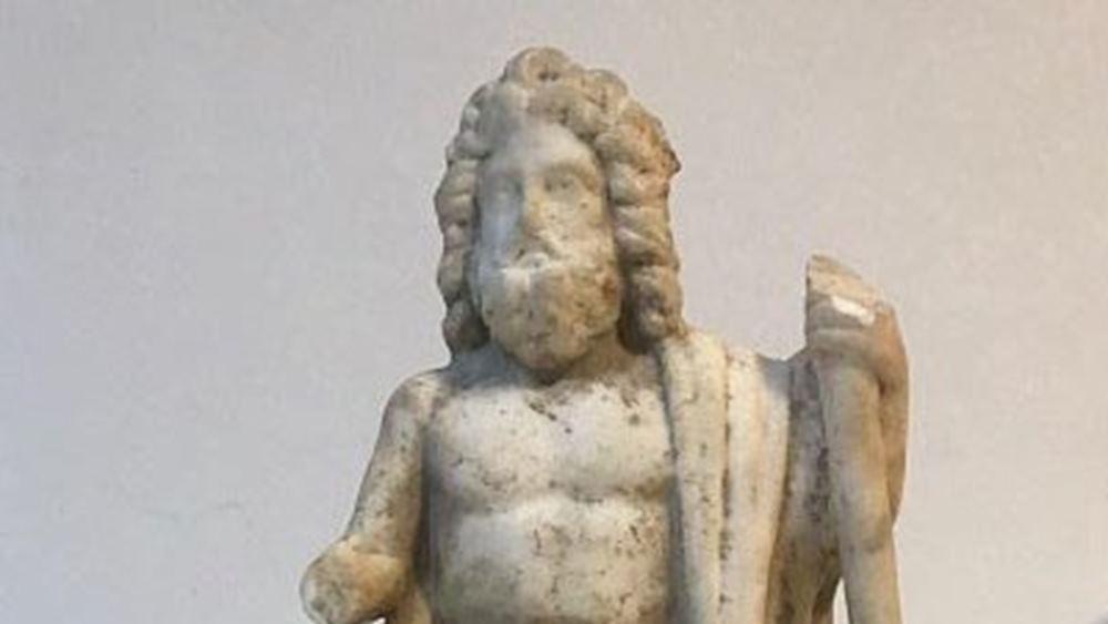 Τούρκοι αρχαιοκάπηλοι προσπαθούσαν να πουλήσουν άγαλμα του Δία και βυζαντινή ταφόπλακα
