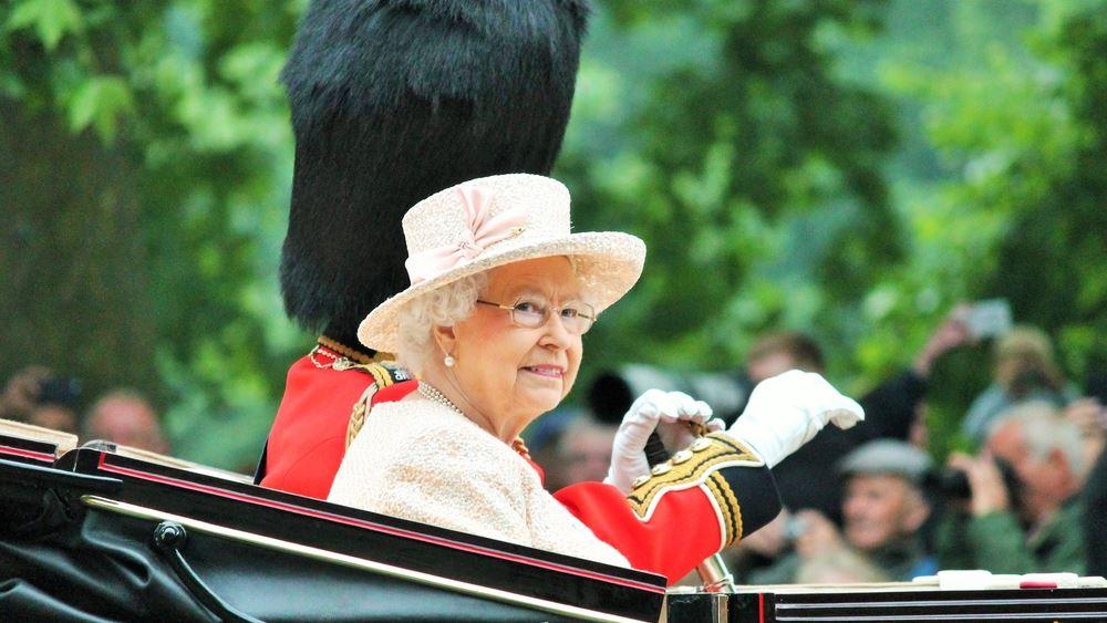 Βρετανία: Η βασιλική οικογένεια αρχίζει να κοστίζει υπερβολικά στους φορολογούμενους