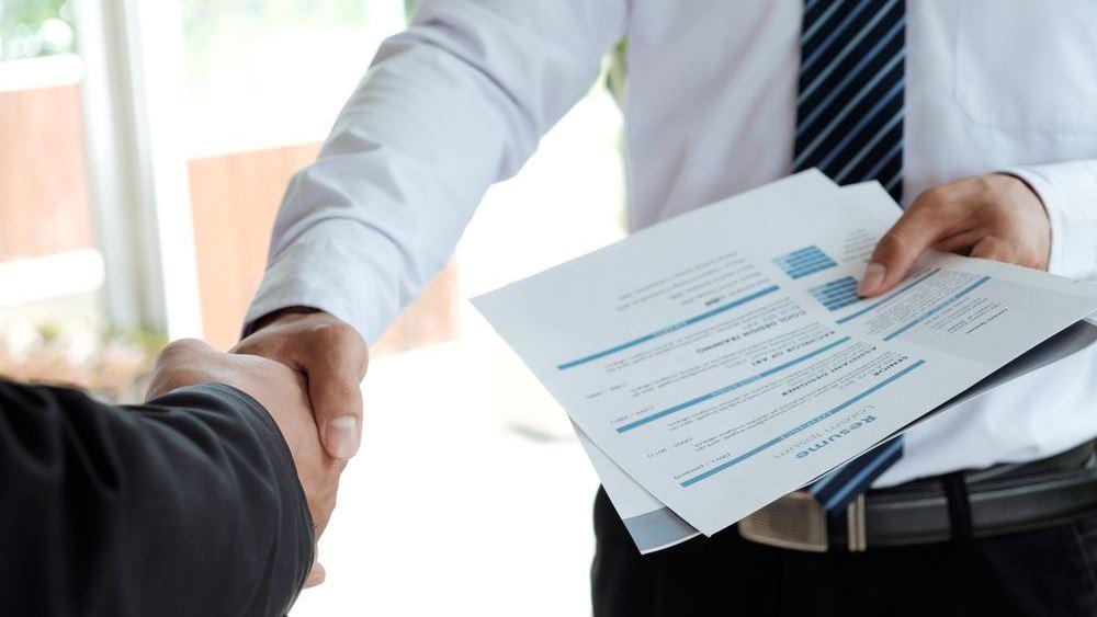 ΕΛΣΤΑΤ: Αυξήθηκαν 29,9% οι κενές θέσεις εργασίας στο δ΄ τρίμηνο