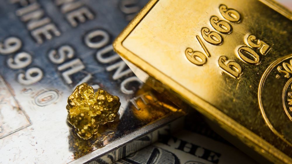Μικρές απώλειες ο χρυσός καθώς η αυξημένη αβεβαιότητα έδωσε ώθηση στο δολάριο