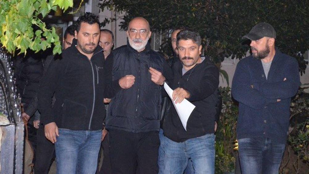 Μία εβδομάδα μετά την αποφυλάκιση ο διάσημος δημοσιογράφος Αχμέτ Αλτάν ξανά στη φυλακή