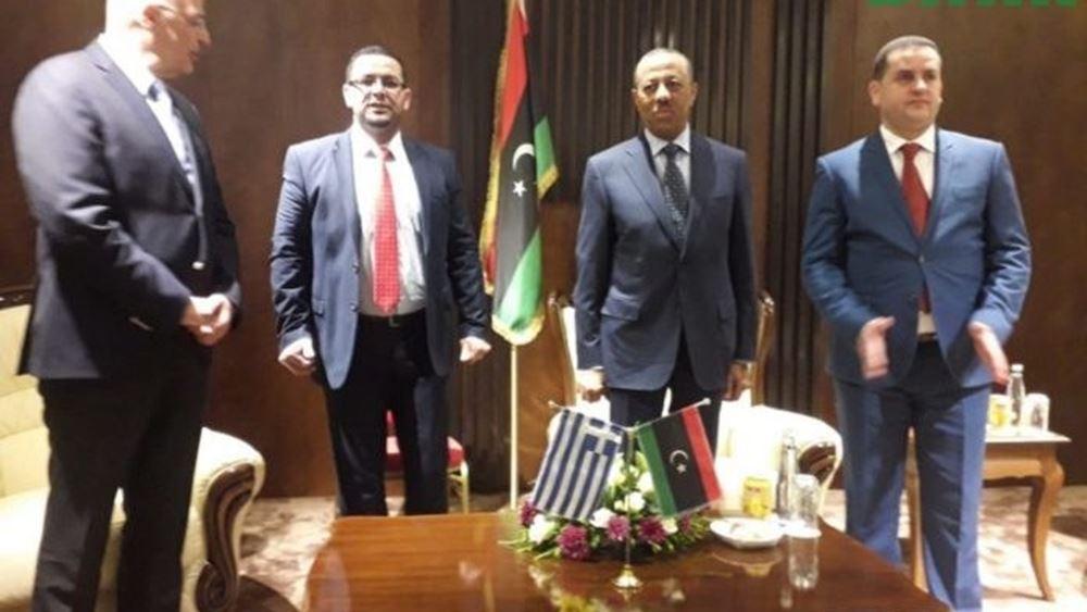 Συνάντηση Ν. Δένδια με τον Χαλίφα Χάφταρ στη Λιβύη