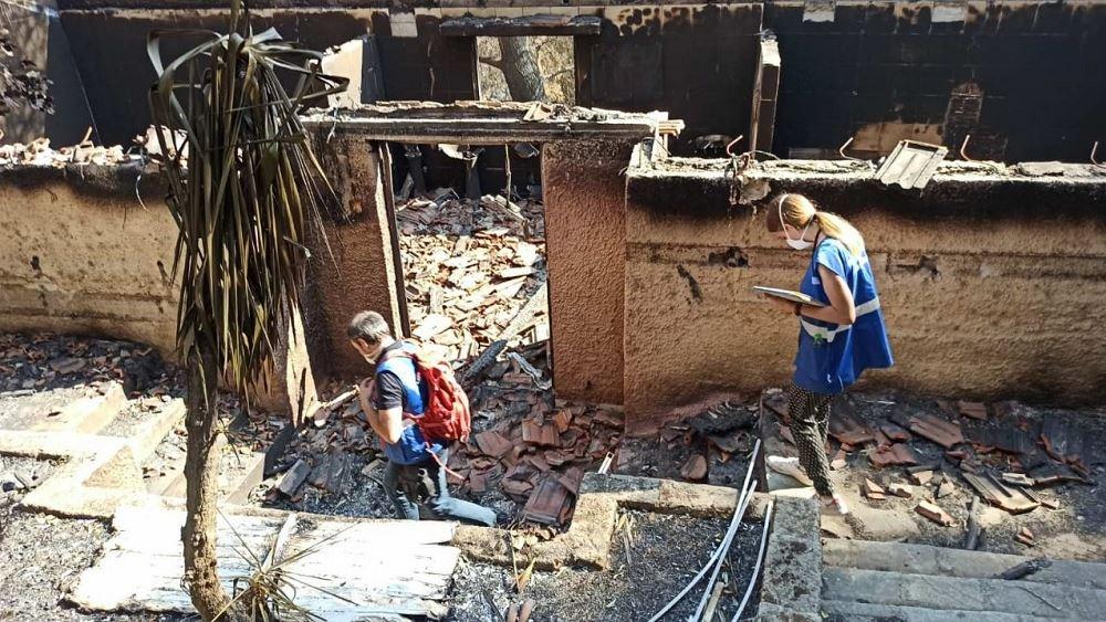 Εντατικοί έλεγχοι κτηρίων στις πυρόπληκτες περιοχές από μηχανικούς του υπουργείου Υποδομών