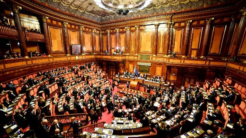 Ιταλία: Σε πολιτικό μπούμερανγκ κινδυνεύει να εξελιχθεί ο φόρος στα πλαστικά μίας χρήσης