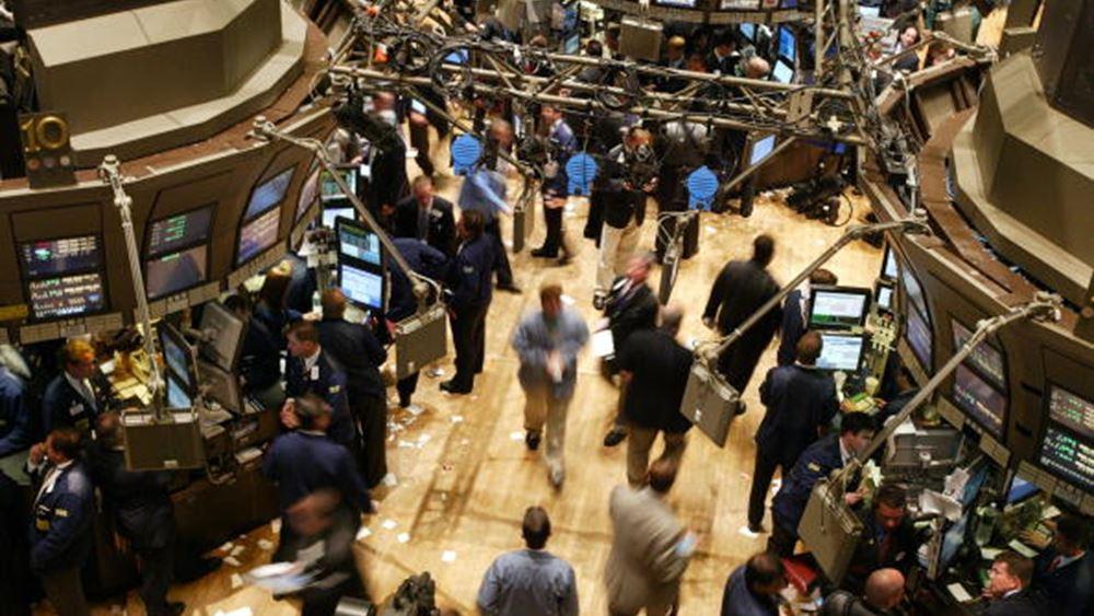 """""""Έσβησε"""" μεγάλο μέρος της ανάκαμψης της Τετάρτης η Wall - Πτώση 970 μονάδων για τον Dow"""
