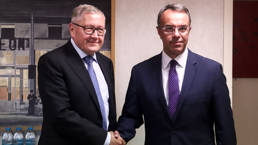 In a positive atmosphere the meeting between Regling and Staikouras