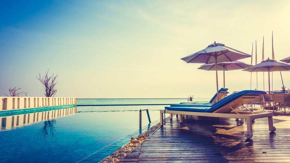 Πέφτει η ζήτηση για διακοπές στην Ελλάδα από τις βασικές τουριστικές αγορές