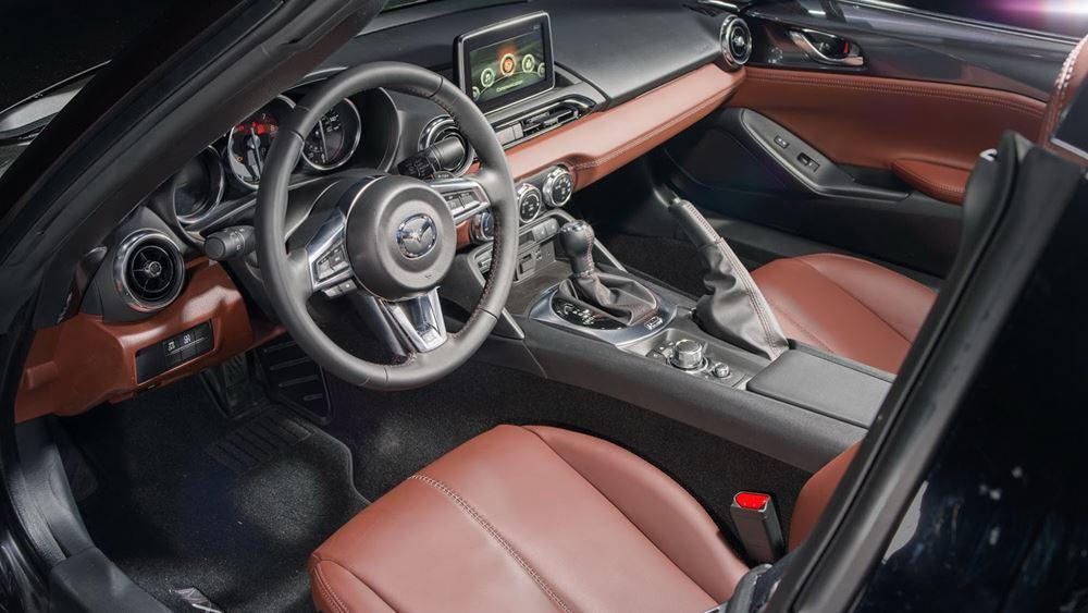 H Mazda ανακαλεί 640.000 αυτοκίνητα παγκοσμίως για προβλήματα με τον κινητήρα ντίζελ