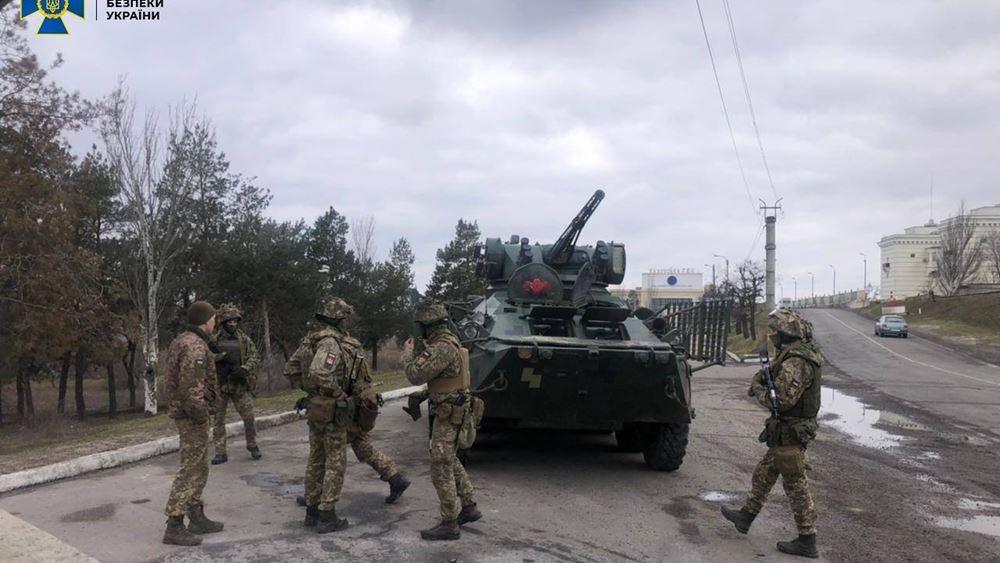"""Ουκρανία: Ευρείας κλίμακας """"αντιτρομοκρατικές"""" ασκήσεις διεξάγονται στη Χερσώνα, κοντά στην Κριμαία"""