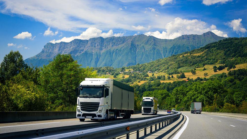 Βρετανία: Κλειστά παραμένουν πρατήρια βενζίνης - Δέσμευση για λύση στο θέμα της έλλειψης οδηγών φορτηγών