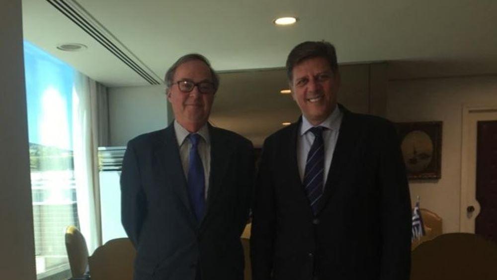 Συνάντηση Βαρβιτσιώτη με τον Πρέσβη της Βραζιλίας