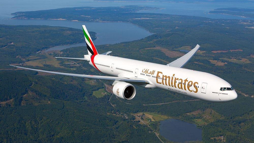 H Emirates δεσμεύεται να μειώσει τα πλαστικά μιας χρήσης εν πτήσει