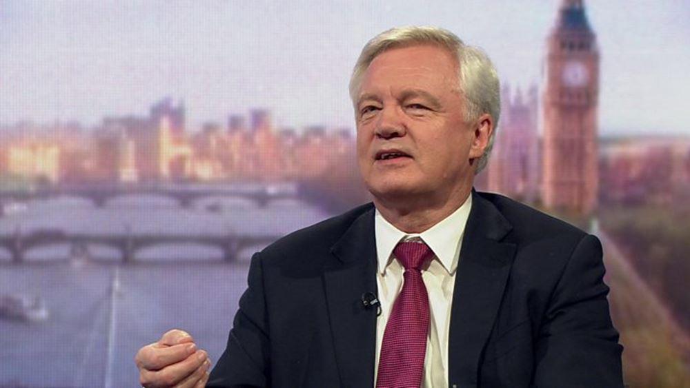 Υπουργός Brexit: Η Βρετανία θα φύγει από την ΕΕ, με ή χωρίς συμφωνία