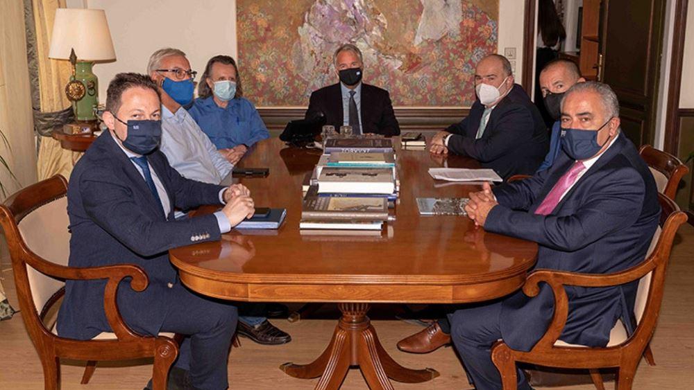 Συνάντηση ΕΕΑ με την ηγεσία του ΥΠΕΣ για την επίλυση προβλημάτων μικρομεσαίων επιχειρήσεων