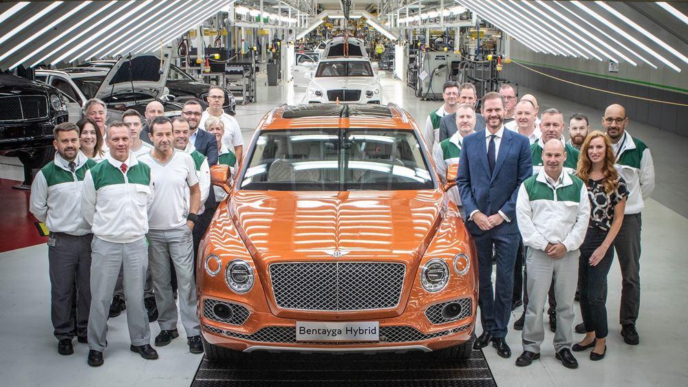 Παράδοση των πρώτων Bentley Bentayga Hybrid