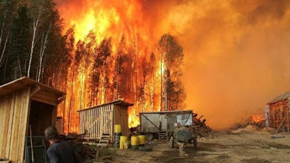 Ρωσία: Δύο νεκροί και έξι τραυματίες από πυρκαγιά σε ξενώνα υλοτόμων στο Ιρκούτσκ