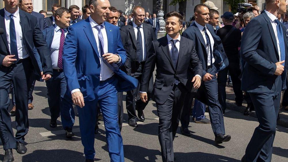 Ουκρανια Ζελενσκι επιθεση σε αμαξι συμβουλου 22.09.2021