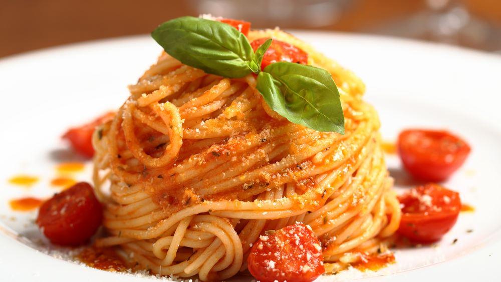 Γίναμε Ιταλοί στα ζυμαρικά λόγω lockdown