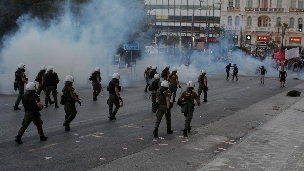 Μήνυση κατά αστυνομικού του ΣΥΡΙΖΑ που φέρεται να εμπόδισε τη σύλληψη κουκουλοφόρου στα επεισόδια