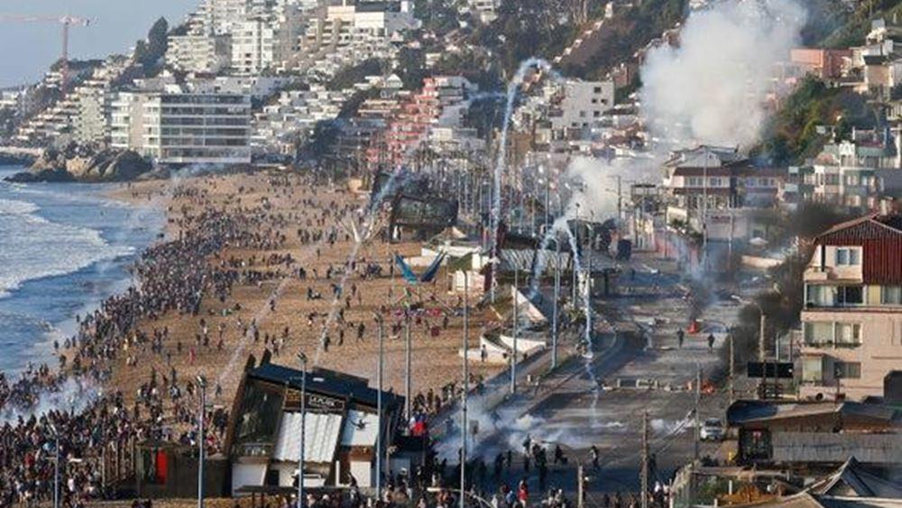 Αυξάνεται η πίεση στον Πινιέρα: Διαδηλώσεις σε όλη τη Χιλή