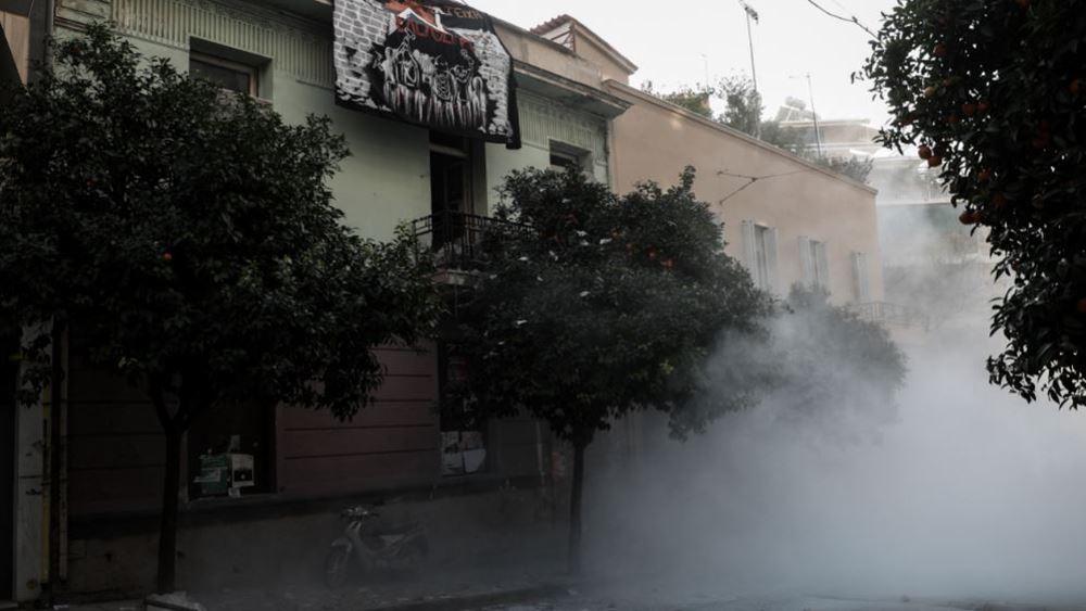 Επιχείρηση της αστυνομίας για την απομάκρυνση αντιεξουσιαστών από κτίρια στο Κουκάκι