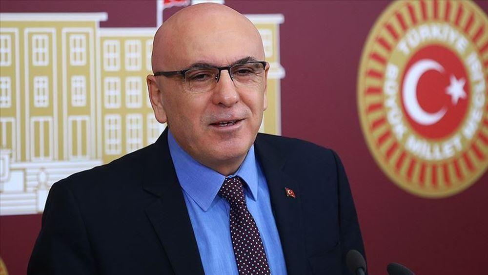 """Τούρκος βουλευτής παραιτήθηκε κατηγορώντας το κόμμα του για """"ρουσφέτια""""  στον Τζορτζ Σόρος"""