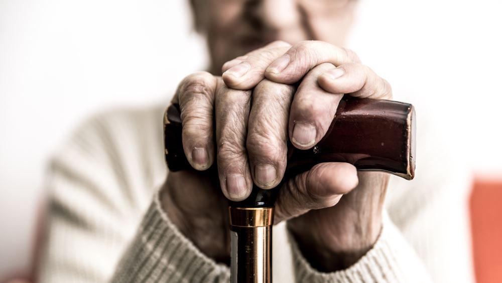 Η Ελλάδα μέσα στα τρία κράτη με τον υψηλότερο δείκτη γήρανσης στην Ε.Ε.