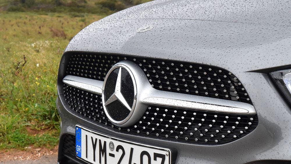 Κίνα: Ανάκληση 1.925 οχημάτων Mercedes-Benz και 524 Ferrari